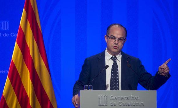 Puigdemont le 'corta la cabeza' al detenido alto cargo del Gobierno catalán