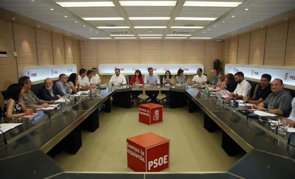 """El PSOE pone en marcha hoy su""""oferta política"""" ante el desafío separatista en Cataluña"""