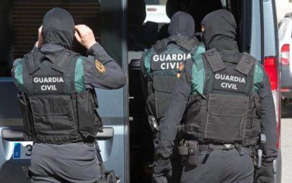 Detenida en Gerona una joven catalana integrada en una red para captar mujeres yihadistas