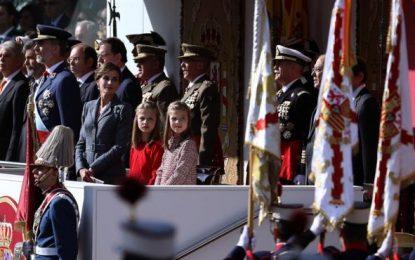 """12-O en Madrid,""""viva España y la Corona"""" ymuerte de piloto de Eurofighter que voló en el desfile"""