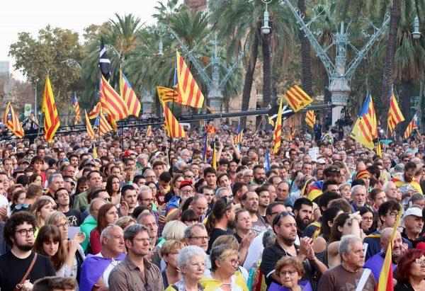 Comienza el Consejo de Ministros del requerimiento a Puigdemont como paso previo al 155