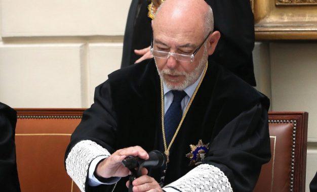 El féretro del Fiscal General del Estado español, José Manuel Maza, llegará a Madrid el lunes 20-D