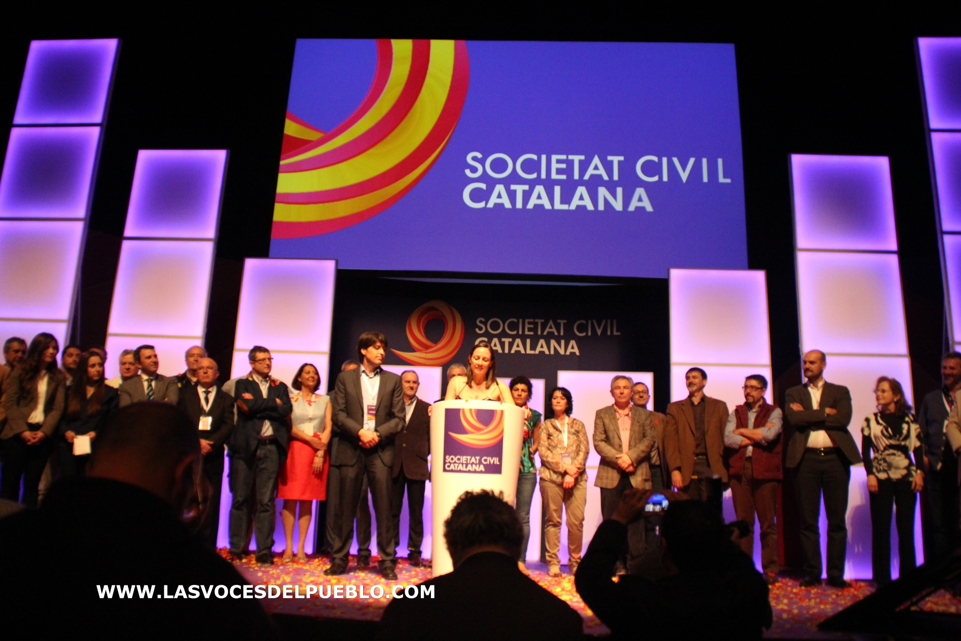 "Sociedad Civil Catalana pide la independencia de Cataluña en ""un referéndum decisivo"""