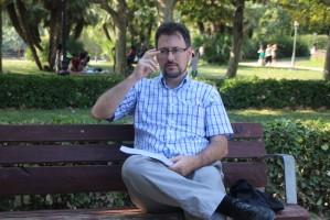 """El Autor del libro """"Cataluña Vista Por Un Madrileño"""" - Foto Voces d. Pueblo"""