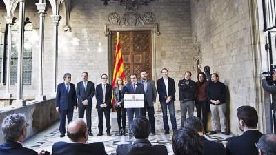 Artur Mas y sus compañeros ultraseparatistas preparados para atacar al Estado de Derecho españaol.