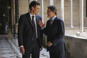 Artur Mas en la derecha, y  Pedro Sánchez en la izquierda - Foto gobierno catalán