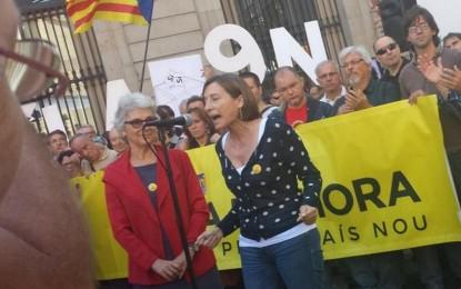 Carme Forcadell amenaza con movilizaciones en las calles si el TC prohíbe el referéndum separatista del 9-N