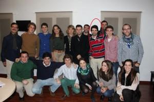 CATALUÑA (ESPAÑA), 28.09.2014. Vista del joven popular, segunda fila, etercera posición a la derecha, durante un acto de ésta formación en Cataluña. Imagen del joven en las redes sociales. Lasvocesdelpueblo