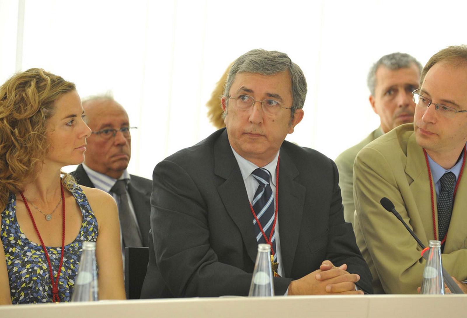 Concejales del PP y concejales separatistas votan juntos en contra del Derecho a la Vida en San Cugat del Vallés