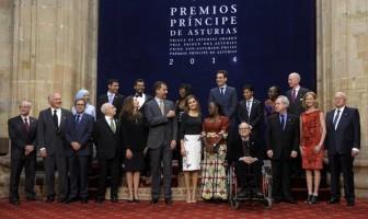 foto de familia - premios príncipe de Asturias 2014