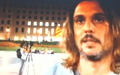 """Intento de prohibición del 12-Octubre en Pl. Cataluña con una """"acampada"""" de ultra radicales beligerantes de """"Desobeïm"""""""