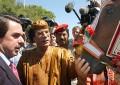"""Aznar cobraba 1 % en """"prestación de servicio"""" en contratos Befesa, filial del dictador Muamar El Gadafi"""
