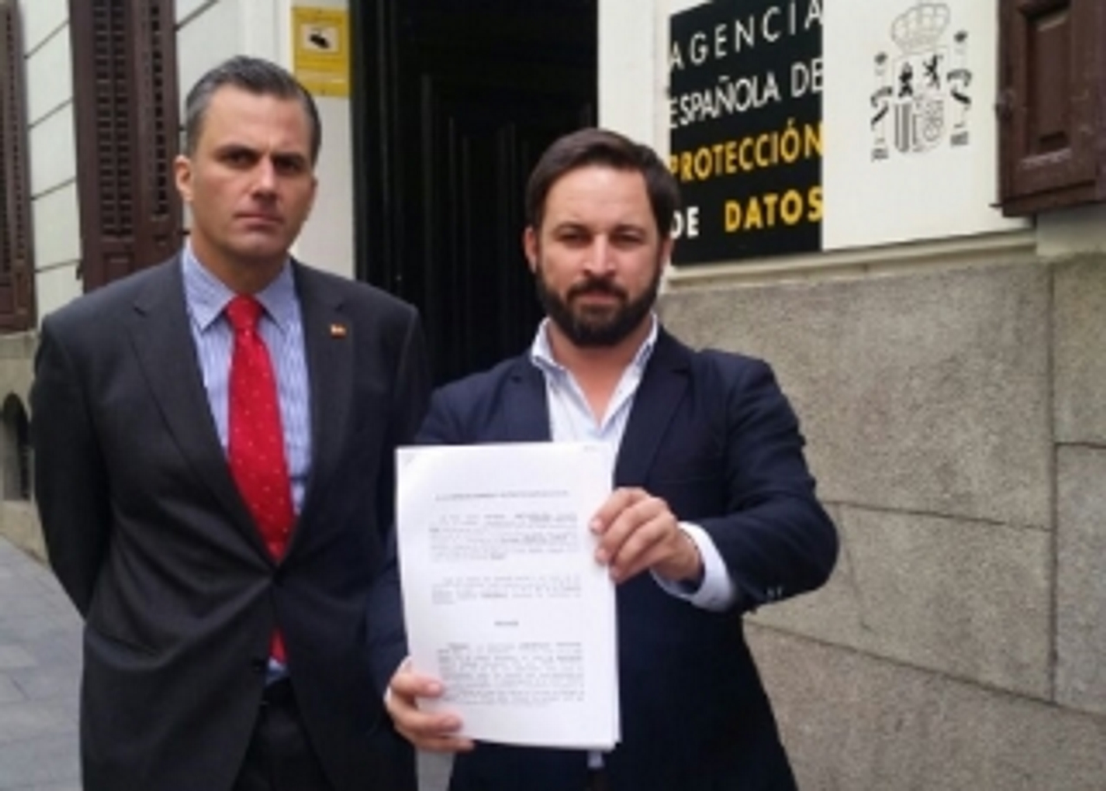 """VOX pide """"el bloqueo urgente del fichero de datos personales"""" en manos de Forcadell y Muriel Casals ante la (AEPD)"""