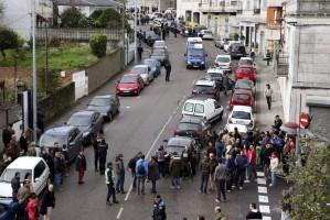 El atraco se ha producido sobre las 14.30 horas en una sucursal bancaria de la calle Doctor Carracido, en el barrio del Calvario de Vigo.