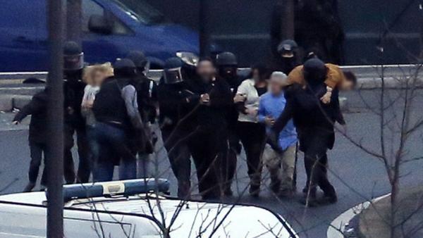 Asesinos terroristas de Vincennes y Dammantin en París, los Kouachi y Coulibaly muertos