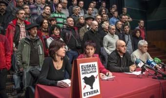 Colectivo de la banda asesina de inocentes, ETA (EPPK), en rueda de prensa- foto EFE