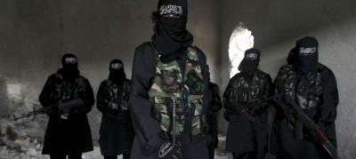 Mujeres yihadistas de la milicia Sawt al-Haq durante un entrenamiento en Alepo / foto Reuters