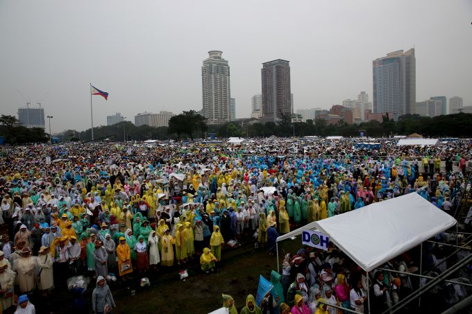 El Papa, ante 7 millones de fieles, llama a los filipinos a ser grandes misionarios en Asia