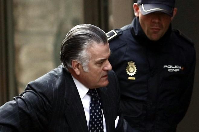 """Encinas: """"Rajoy envía un sms: Luis sea fuerte, ya hemos trincado la pasta, con fianza irrisoria"""""""