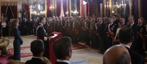 S. M. el Rey pronunciando su discurso con motivo de la Pascua Militar 2015