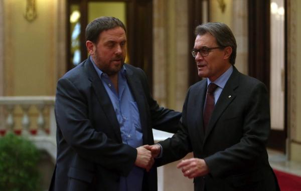Mas y Junqueras vuelven a fracasar en su búsqueda desesperada de acuerdo en reuniones secretas contra España