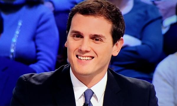 """Rivera: """"C's va a estar en las Municipales y en las Generales"""" y desea que los españoles pongan cada uno en su sitio"""