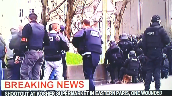 """Secuestro con rehenes en un supermercado """"Hyper Casher"""" en la Porte de Vencennes, París"""