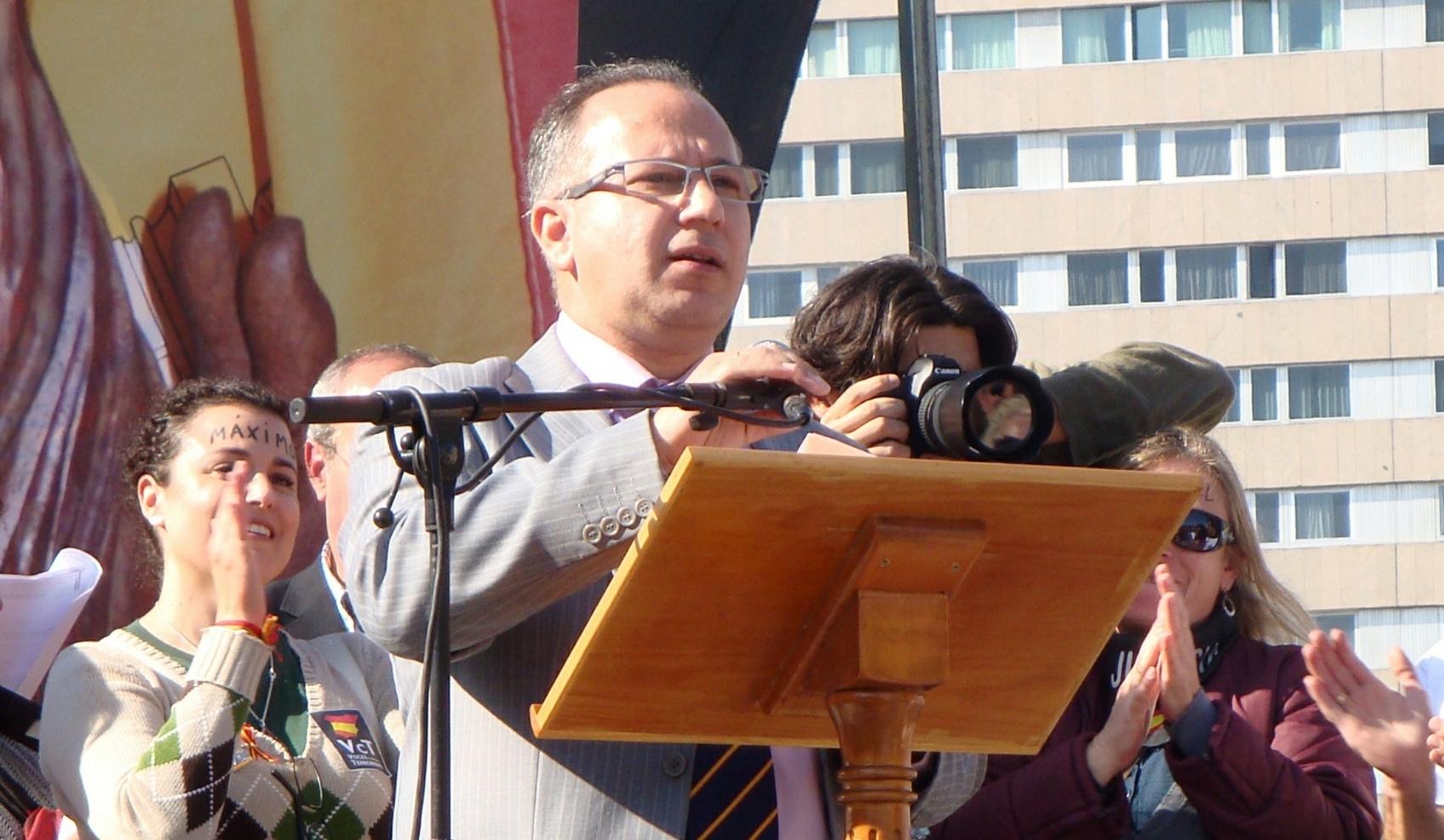 """VCT exige la dimisión de Pedraza por """"haberse convertido en copartícipe"""" de la traición del PP a víctimas del terrorismo"""