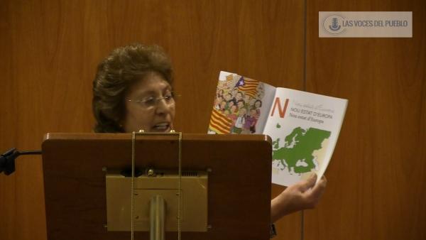 """Carmen Leal: """"Vamos a decir no a la ideologización de nuestros niños"""" en Cataluña"""