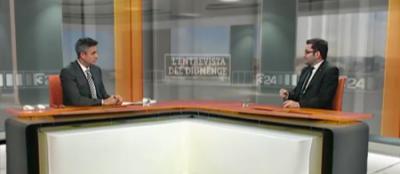 El secretario de Asuntos exteriores de la Generalidad separatista de Cataluña, Roger Albinyana Saigí, durante la entrevista