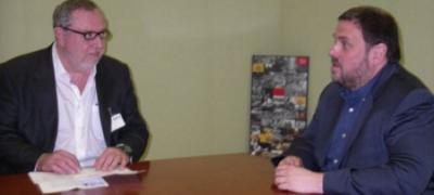 Jordi Domingo, presidente de NEPP, y Oriol Junqueras, presidente de ERC en el parlamento / foto Punt Avui