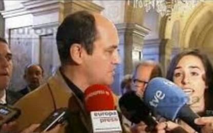 """Un padre catalán critica la campaña """"hipócrita"""" del PP y cree que Rajoy debería ser inhabilitado"""