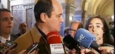 Un padre catalán critica la campaña hipócrita del PP y cree que Rajoy debería ser inhabilitado, - copia