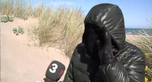 El islamista encapuchado durante su entrevista a TV3