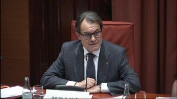 Artur Mas Gavarró investigado en el Parlamento catalán.