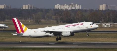 Al menos 42 víctimas con apellido español entre los 150 pasajeros del avión estrellado en Francia..