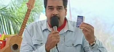 El dictador Venezolano, Maduro, califica a Rajoy de franquista vende patria, un gobierno neoliberal que recorta sueldos - copia