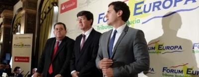 Rivera advierte que no pactará con partidos que solo quieren el cambio de silla sin cambio drástico.