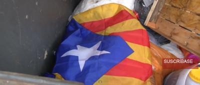 Un valiente agente de Policía, muy indignado, se mea sobre un símbolo de odio separatista contra España - copia