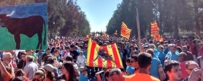 Cataluña grita ¡Sí a los toros!, ¡libertad y respeto! en una demostración de fuerza sin precedente - copia