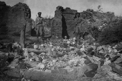 El centenario del 'genocidio' armenio enfrenta una vez más a Turquía y Armenia.. - copia