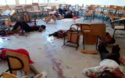 """La masacre yihadista de 'Al Shabab' en Kenia para """"acabar con todos los NO musulmanes"""", termina con 147 muertos"""