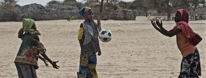 Liberadas las 293 mujeres y niñas secuestradas por los terroristas yihadista extremistas de Boko Haram - copia