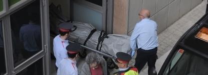 Un alumno catalán mata a un profesor con una ballesta el instituto Joan Fuster y hiere a 4 personas más.