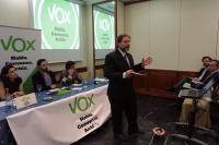 VOX apuesta por la recuperación para el Estado de las competencias de Educación y potenciar el español como lengua vehicular.