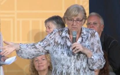 """La exalcaldesa del PSOE en Badalona pide el voto para separatistas de ERC porque """"los demás no han hecho nada"""""""