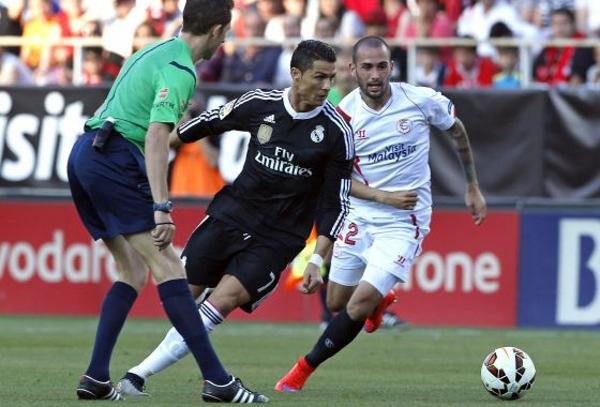El Real Madrid sufre pero Cristiano sobresale en la batalla del Pizjuán, 2-3