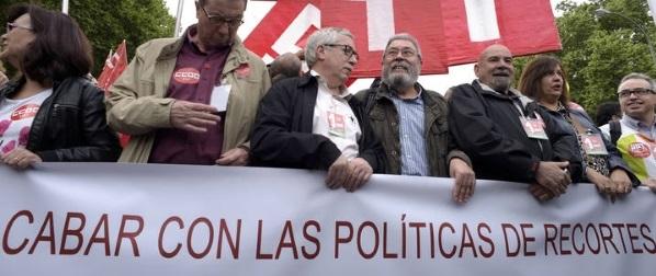 Sindicatos corruptos UGT y CCOO protestan contra los recortes del PP en la manifestación del 1 de Mayo - copia