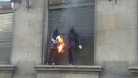 VOX denuncia la quema de bandera española en Barcelona y pide investigar la autoría de la misma