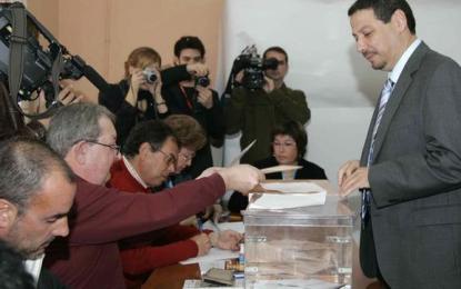 El PP pide la disolución del PSOE  y la retirada de su candidato por comprar votos, 231 años de cárcel